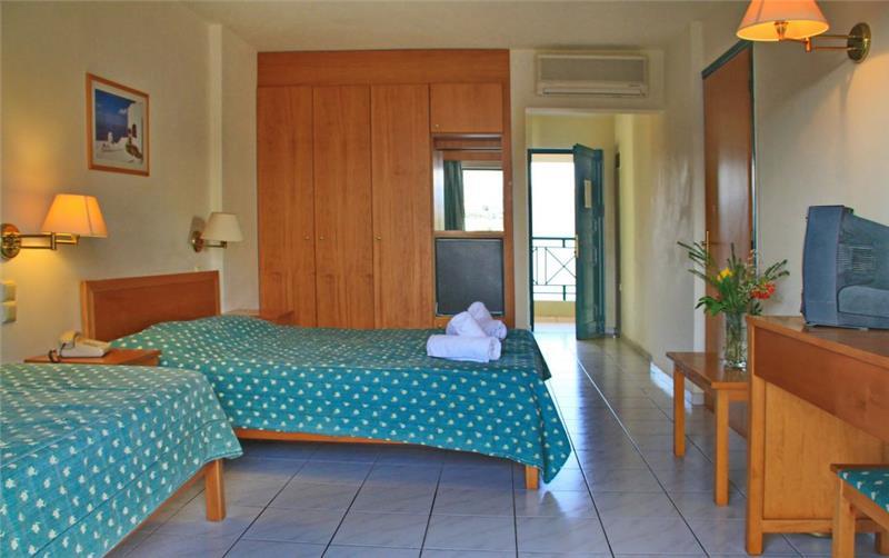 Hotel Despo *** Kréta, Gouves - 164.398 Ft-tól