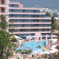 Hotel Globus **** Napospart