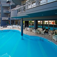 Hotel Mediterranean Resort**** Paralia (egyénileg)