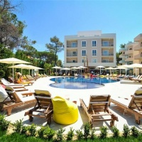 Hotel Sandy Beach **** Golem