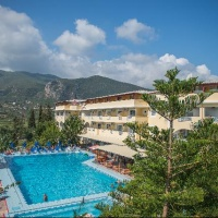 Hotel Koukounaria & Suites **** Alykes Repülővel