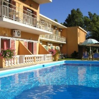 River Apartmanház - Korfu, Messonghi Repülővel