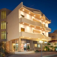 Hotel Neptuno Beach **** Kréta, Amoudara