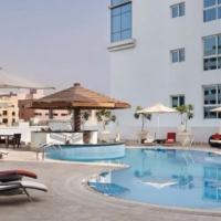 Hyatt Place Dubai Jumeirah Hotel **** Dubai (Emirates járattal)